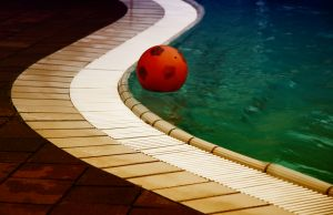 pool-with-ball