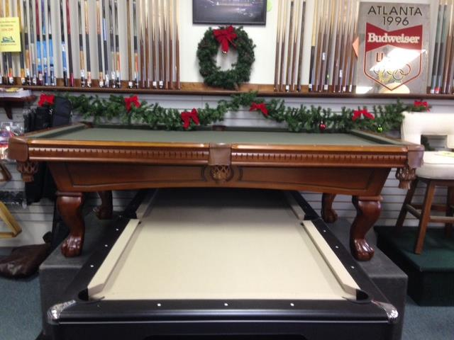 pooltable_holiday