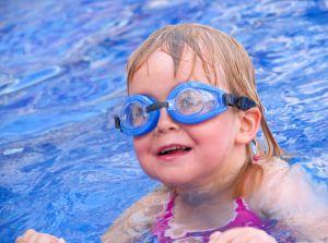 swimming-kids-5-850644-m
